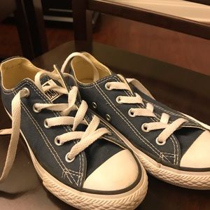 Size 13 youth converse, navy blue